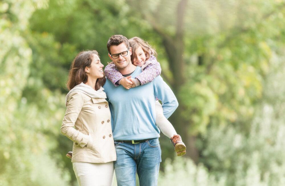 Pereterapeut annab nõu: kui astud suhtesse inimesega, kel on juba laps