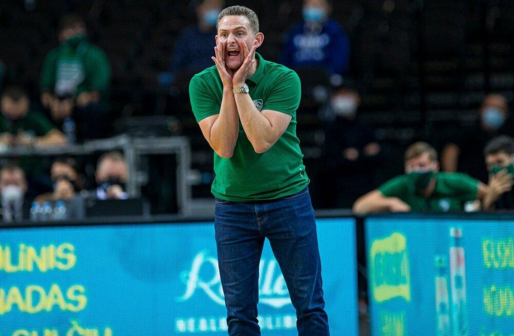 Kaunase Žalgirise austerlasest peatreener Martin Schiller vajab klubi juhtkonna arvates kohanemiseks aega.
