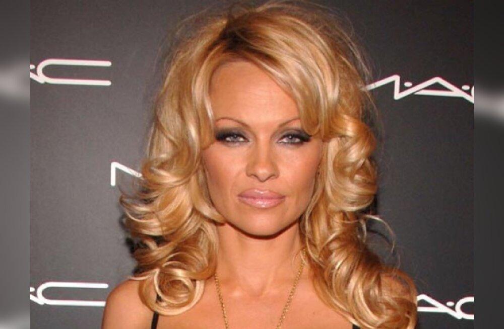 Piltuudis: Pamela Anderson on lapseootel?