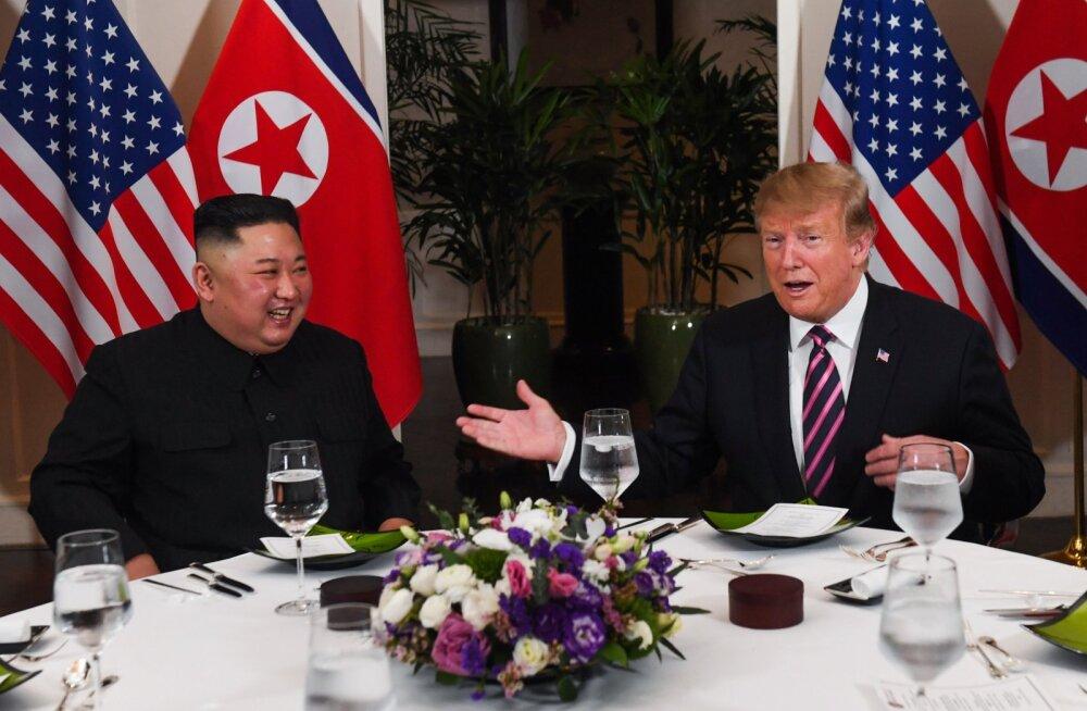 Trumpi ja Kimi vahel käib endiselt tihe kirjavahetus. Miks?