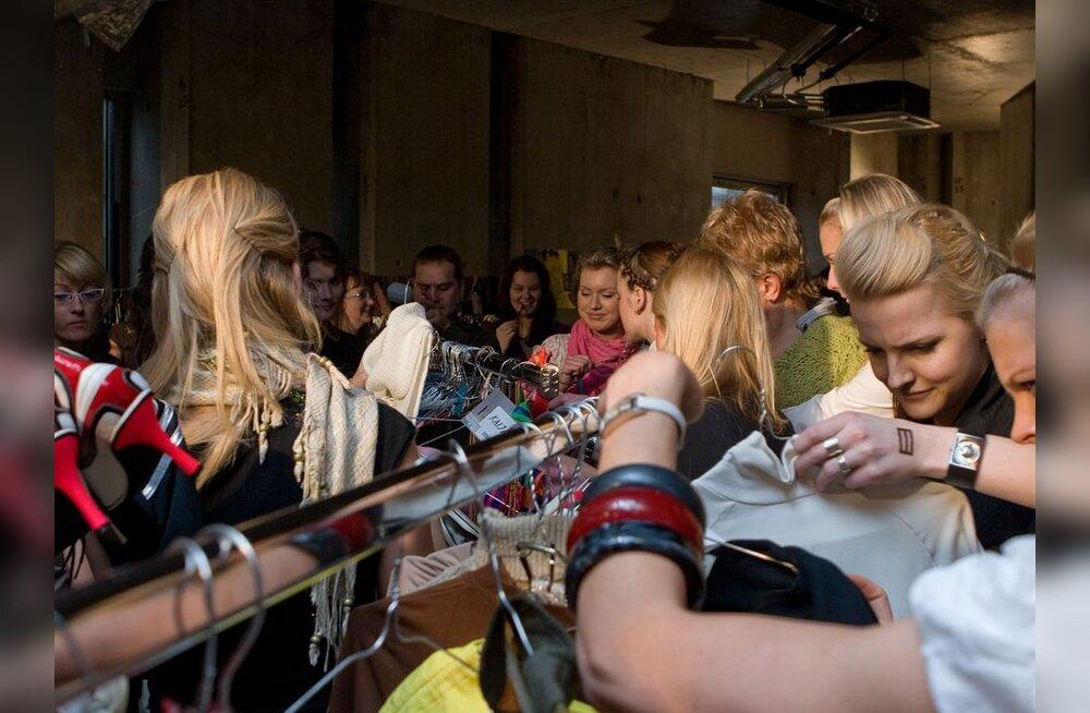 Cosmo Glämmilaat kogus raha Vähiliidu jaoks ja annetas riideid