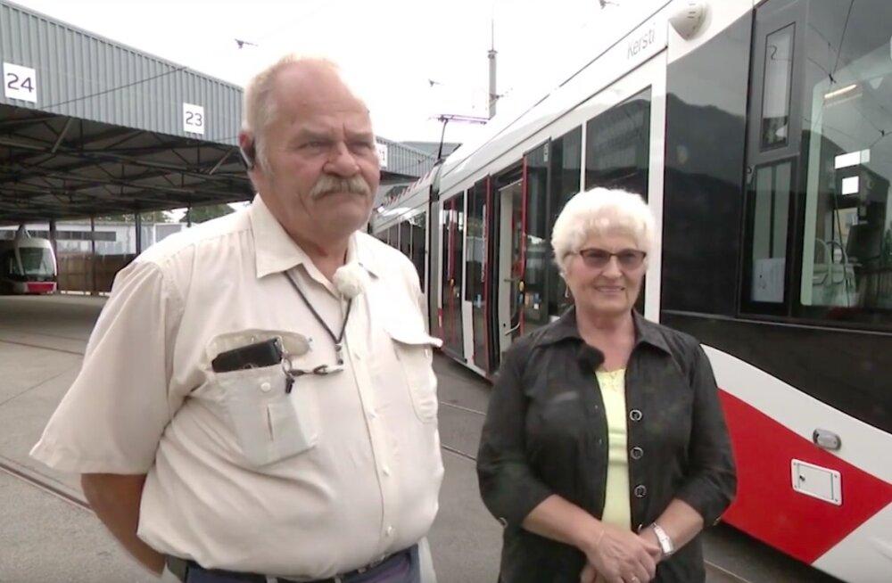 Südamlik lugu! Tallinna trammijuhid Ede ja Udo lehvitasid üksteisele tööpostil 40 aastat tagasi, nende armastus kestab tänaseni