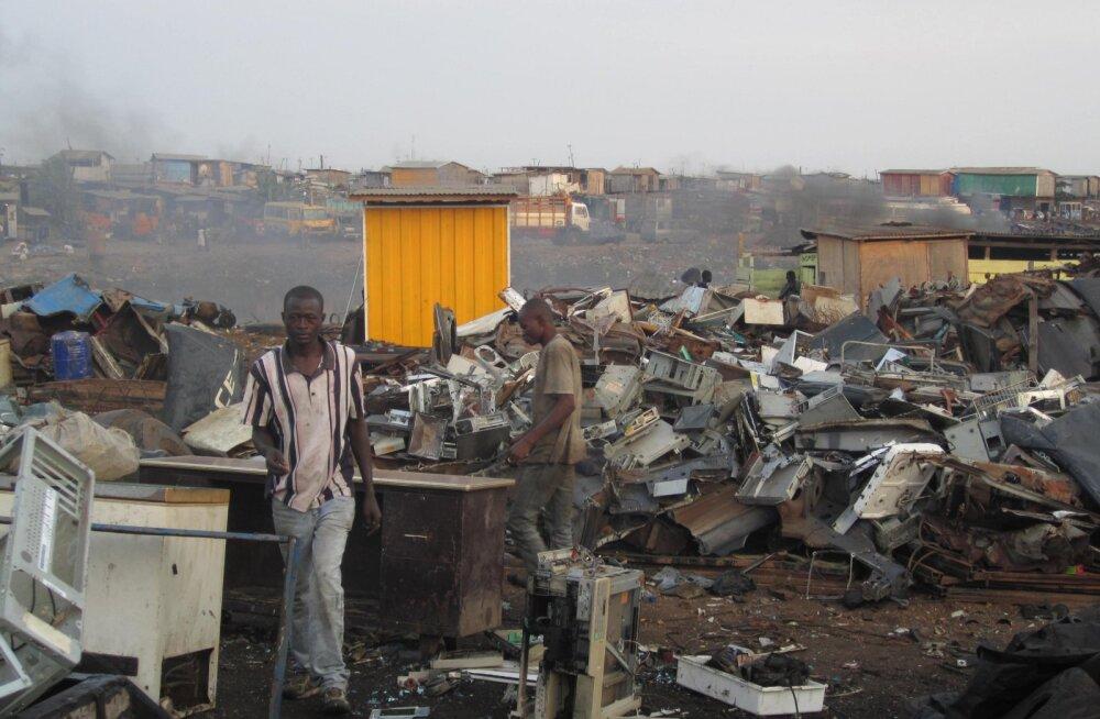 Agbogbloshie: mürgine prügimägi, kuhu moodne tehnika surema saadetakse