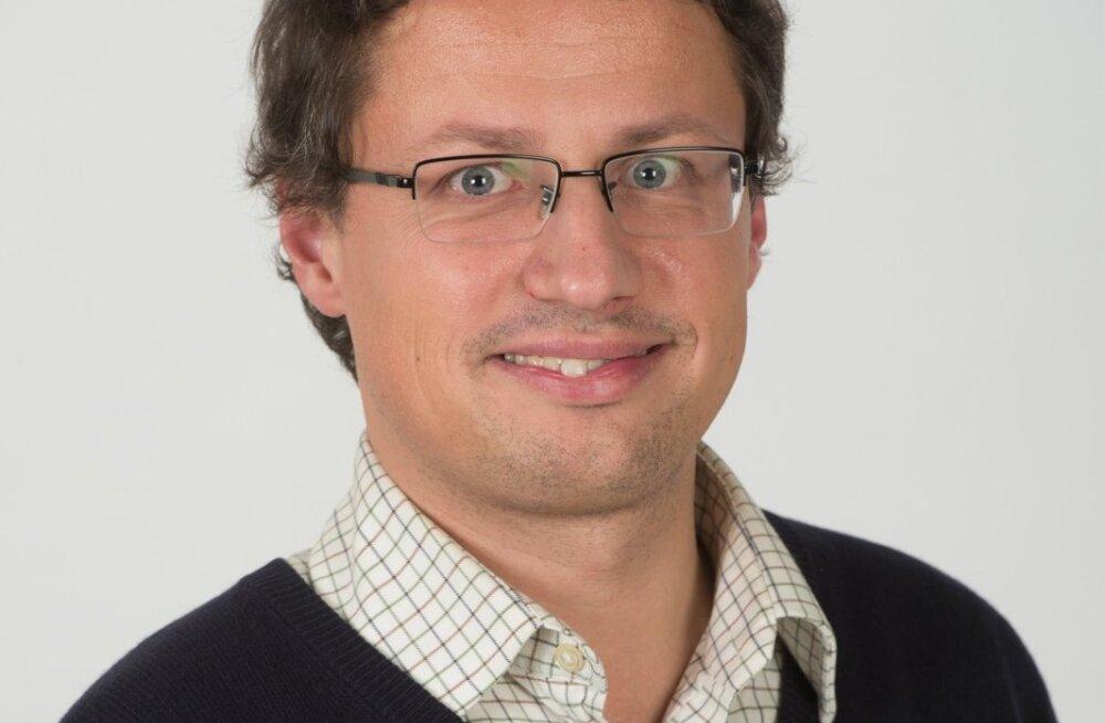 Erik Aru