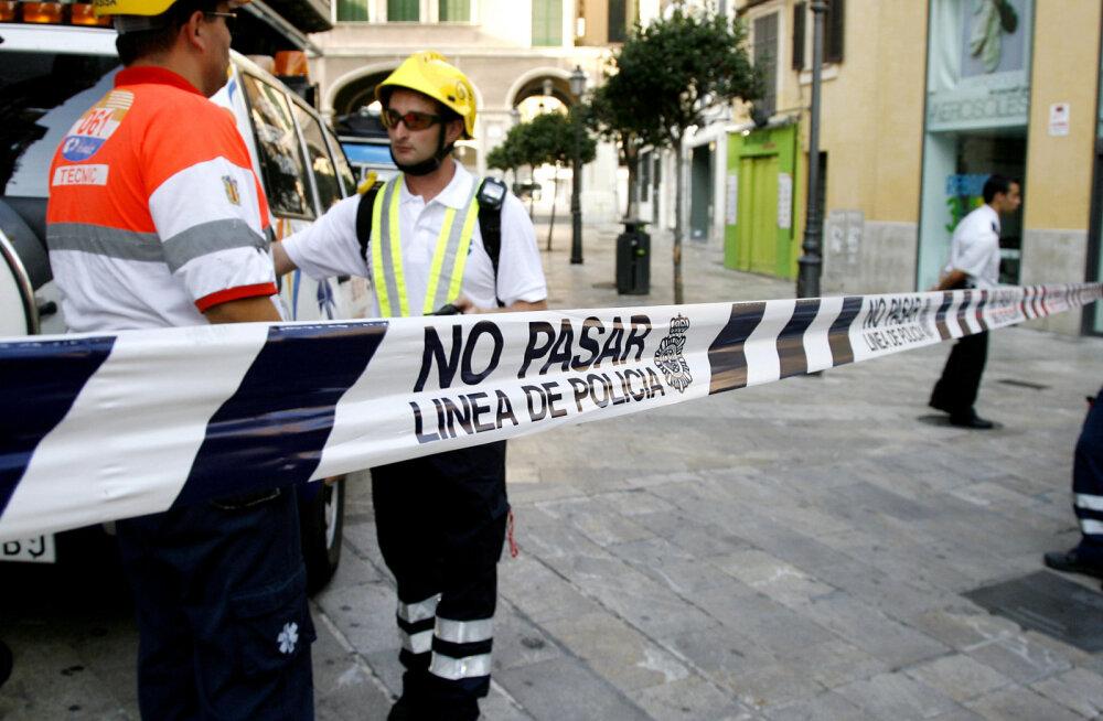 Mallorcal põrkas helikopter lennukiga kokku, surma sai mitu inimest