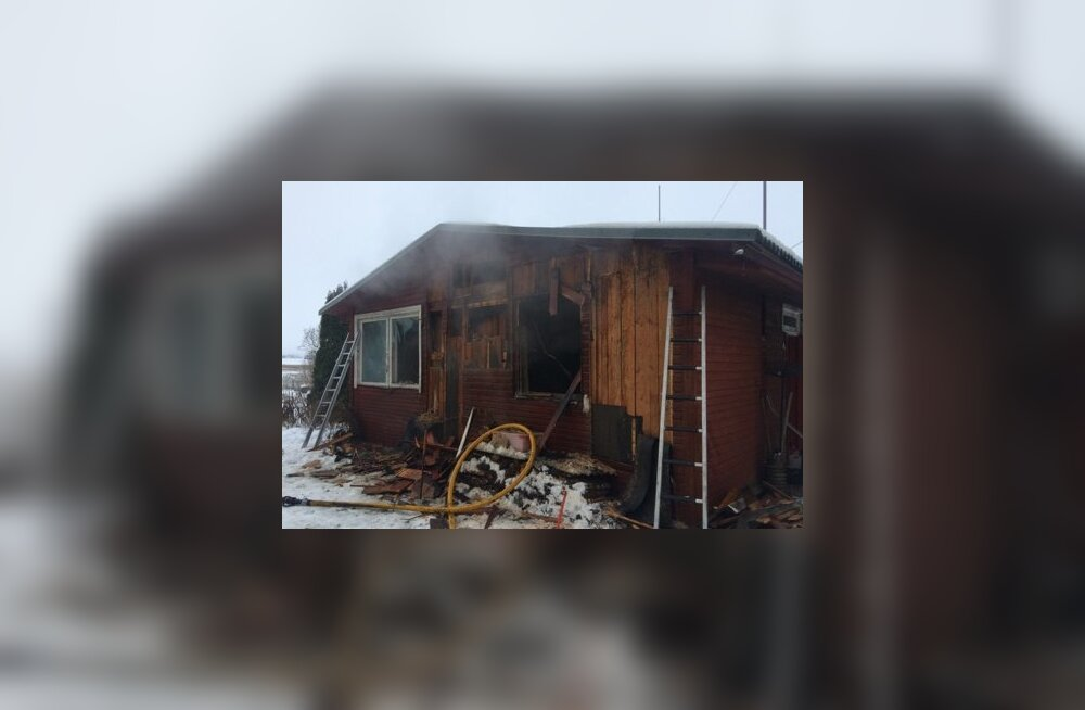 Tartumaal hukkus tulekahjus eakas naine