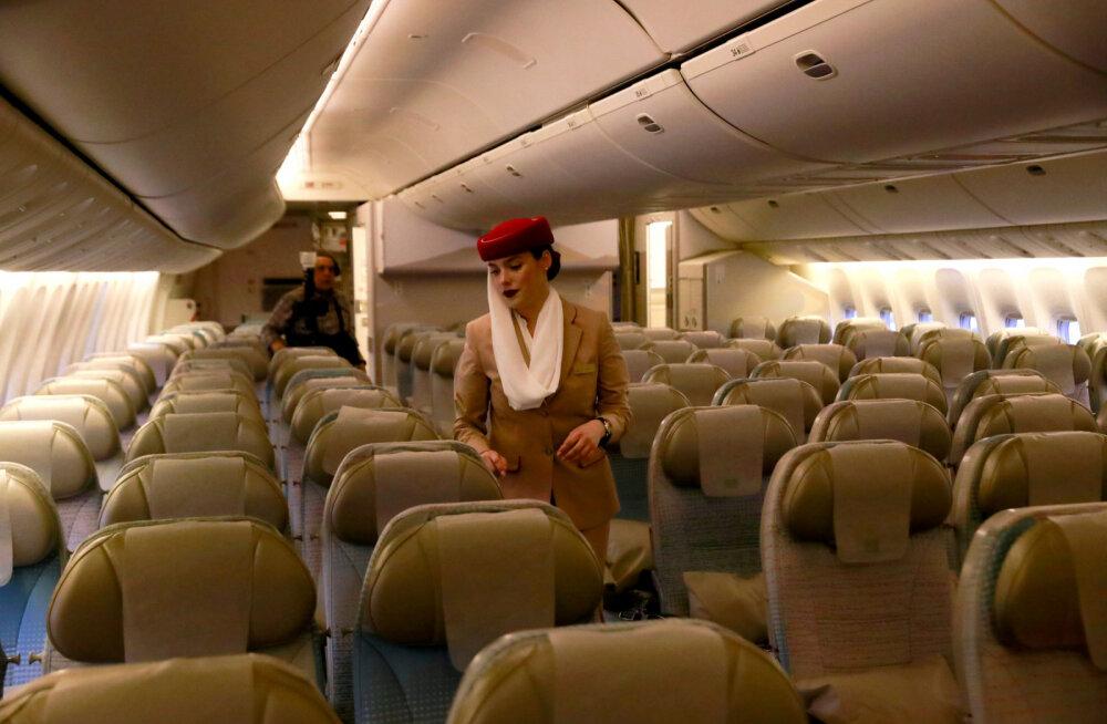 Стюардесса лучшей авиакомпании в мире раскрыла секреты комфортного перелета
