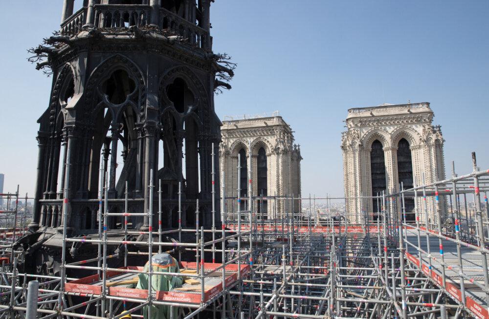 ЮНЕСКО призывает Францию к полному восстановлению Нотр-Дама, имеющего выдающуюся универсальную ценность