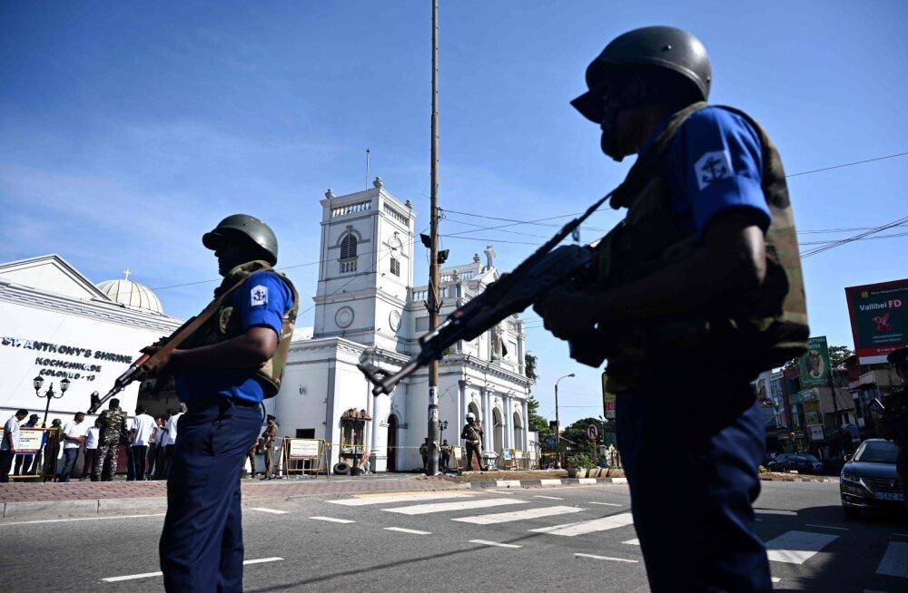 Sri Lanka pommirünnakute ohvrite arv on tõusnud 290-ni, süüdistatakse välismaalt toetatud islamistlikku rühmitust