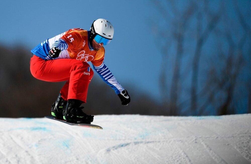 Pierre Vaultier Pyeongchangis olümpiakulla poole tuhisemas.