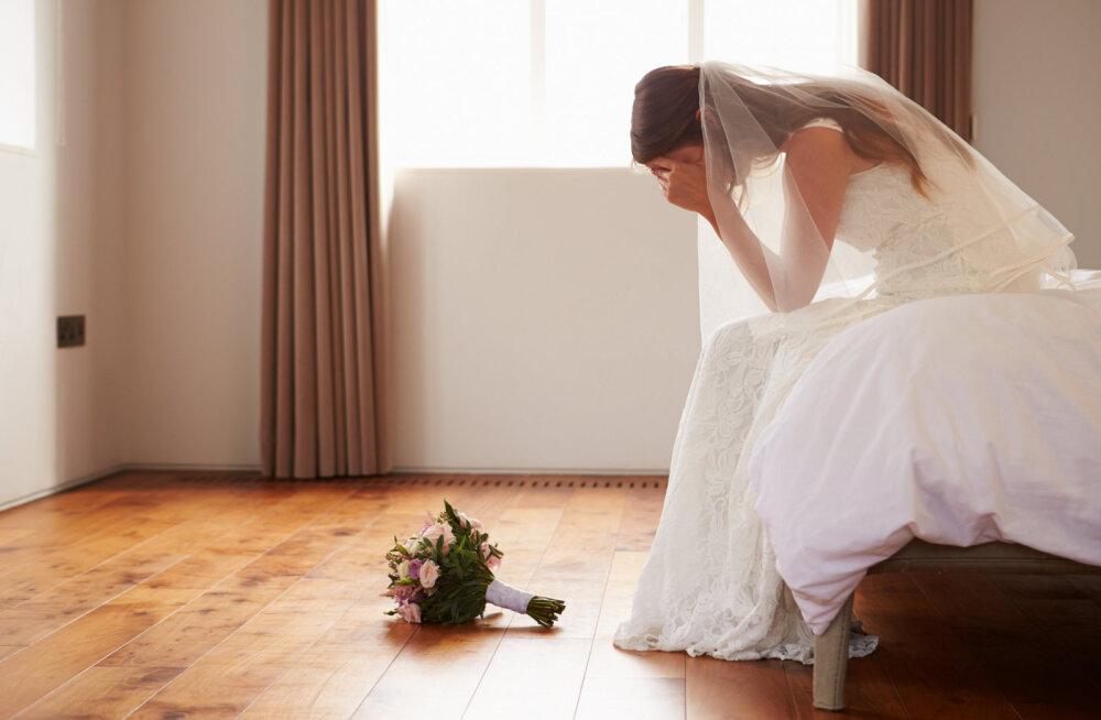 Pruut kurdab: kohe-kohe jõuab kätte meie pulmapäev, aga mu mees on kaotanud seksi vastu huvi ja me pole seda juba mitu kuud teinud