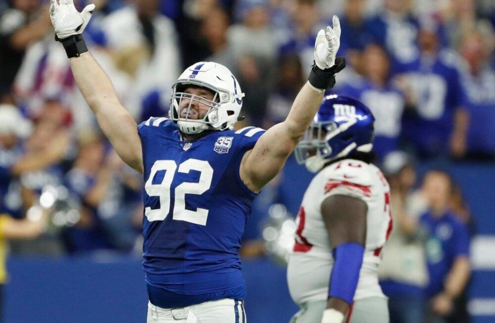 Margus Hunt on aidanud Indianapolis Coltsi play-off'i veerele.