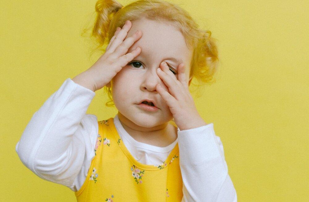 У ребенка болит голова. Что нужно знать родителям?