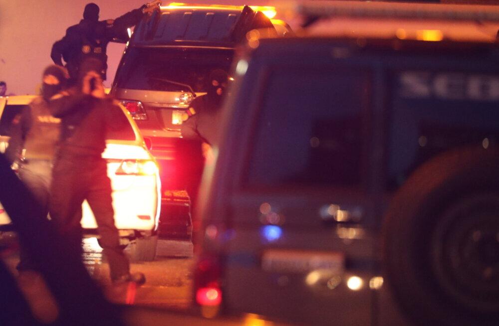 Venezuela opositsiooniliidri Guaidó asetäitja pukseeriti koos autoga vanglasse
