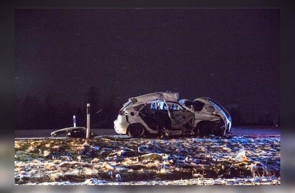 Autoõnnetus Piibe maanteel