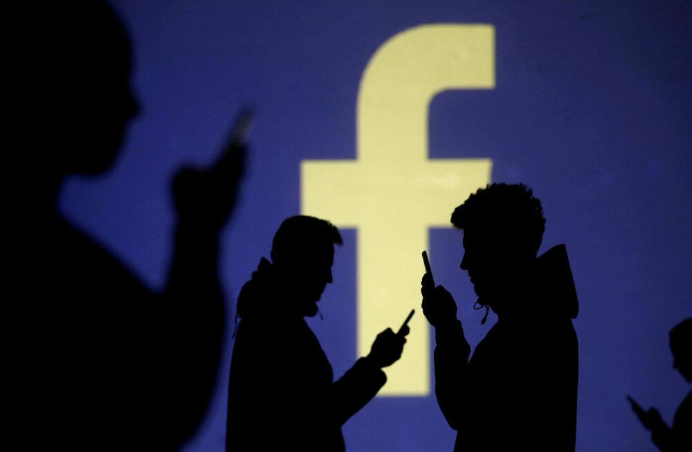 Facebook võttis kolm enda kriitikut tööle