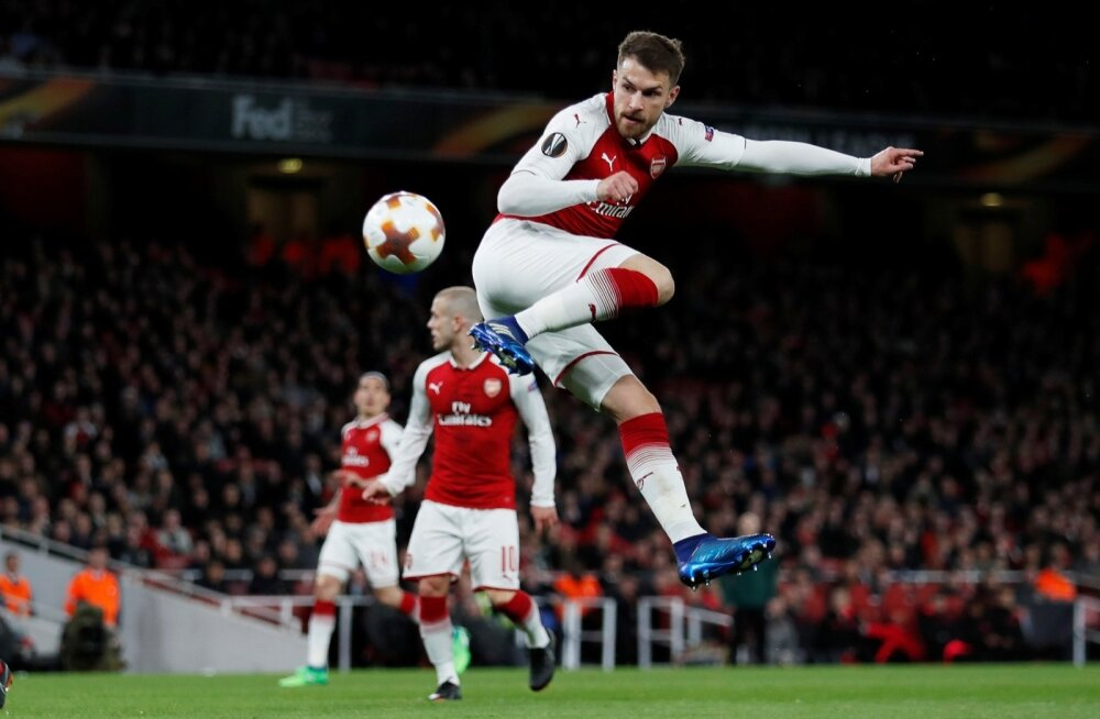 Aaron Ramsey saadab kannaga palli Moskva CSKA võrku.