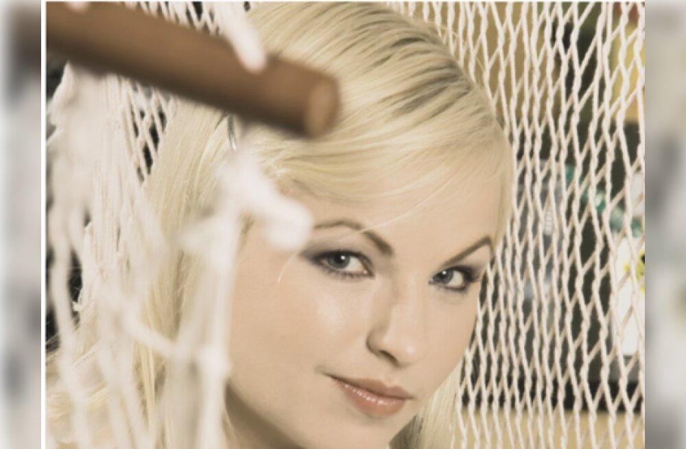 Karoli Hindriks: Monroe look, Ojulandi plaanid!?