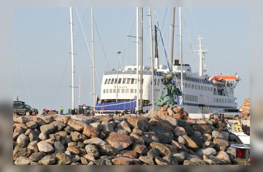 Riik sõlmis parvlaevalepingu.