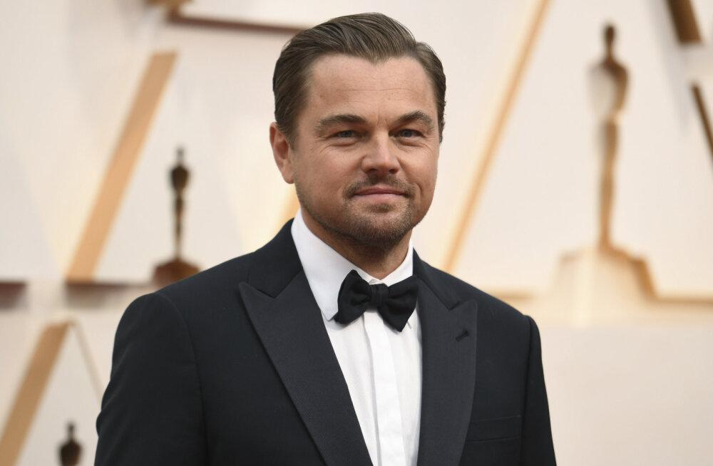 FOTOD | Vanale koerale uusi trikke ei õpeta! Leonardo DiCaprio tõi palju noorema pruudi Oscaritele, aga käitus temaga eriti kummaliselt