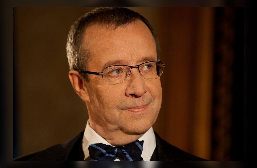 VIDEO: Toomas Hendrik Ilves küsib Facebookis: miks Eestis on hea elada?