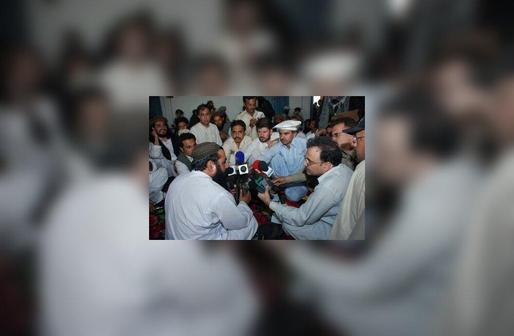 Benazir Bhutto mõrvas süüdistatu on surnud