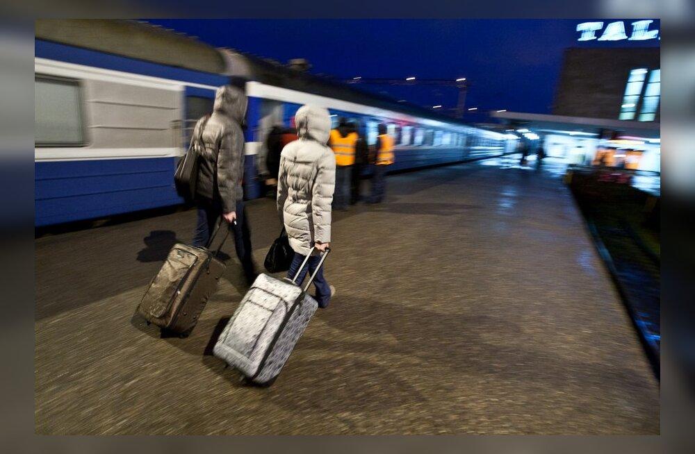 Наплыв туристов из России: Go Rail пускает дополнительные поезда и удлиненные составы