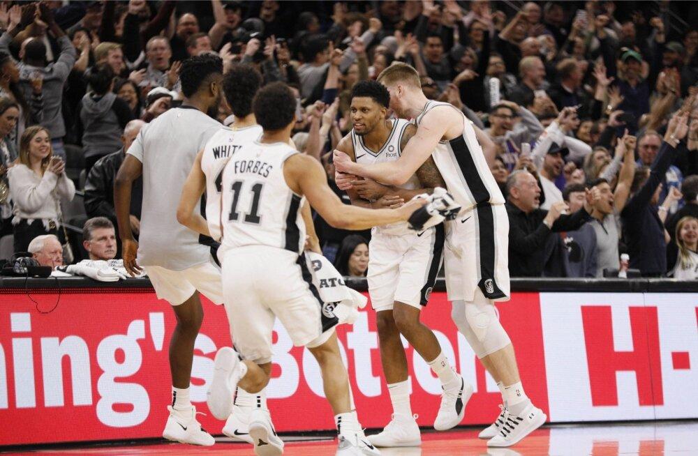 Rudy Gay vedas San Antonio Spursi võidule