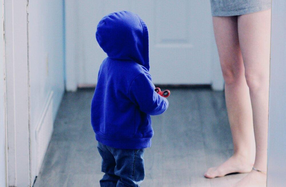 Lapsevanemad, kes kasutavad kodus laste juuresolekul e-sigarette, teevad väga suure vea