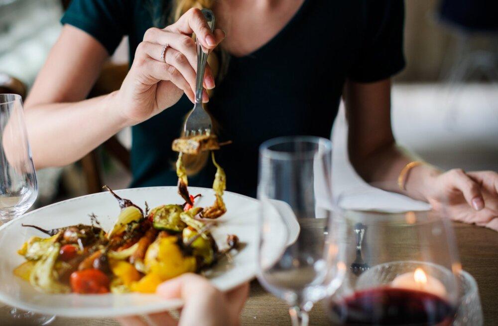 5 признаков того, что еда вам вредит