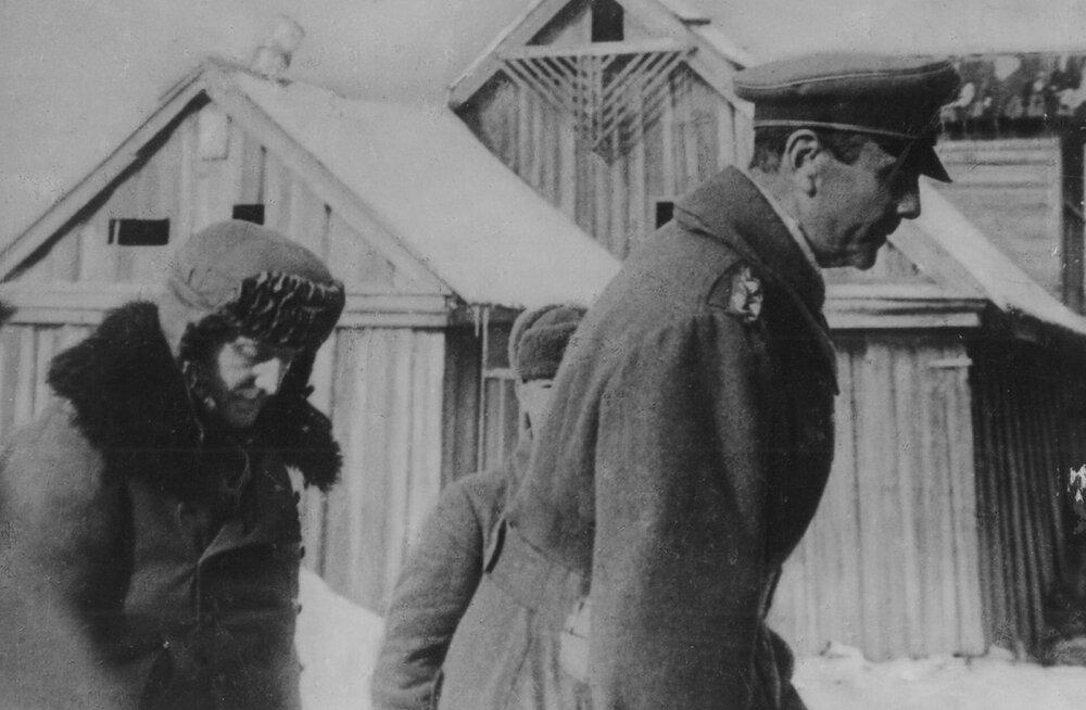 Stalingradi all: kindral Paulus juhtis oma armee surma, sest Hitlerile ei saanud sõna murda