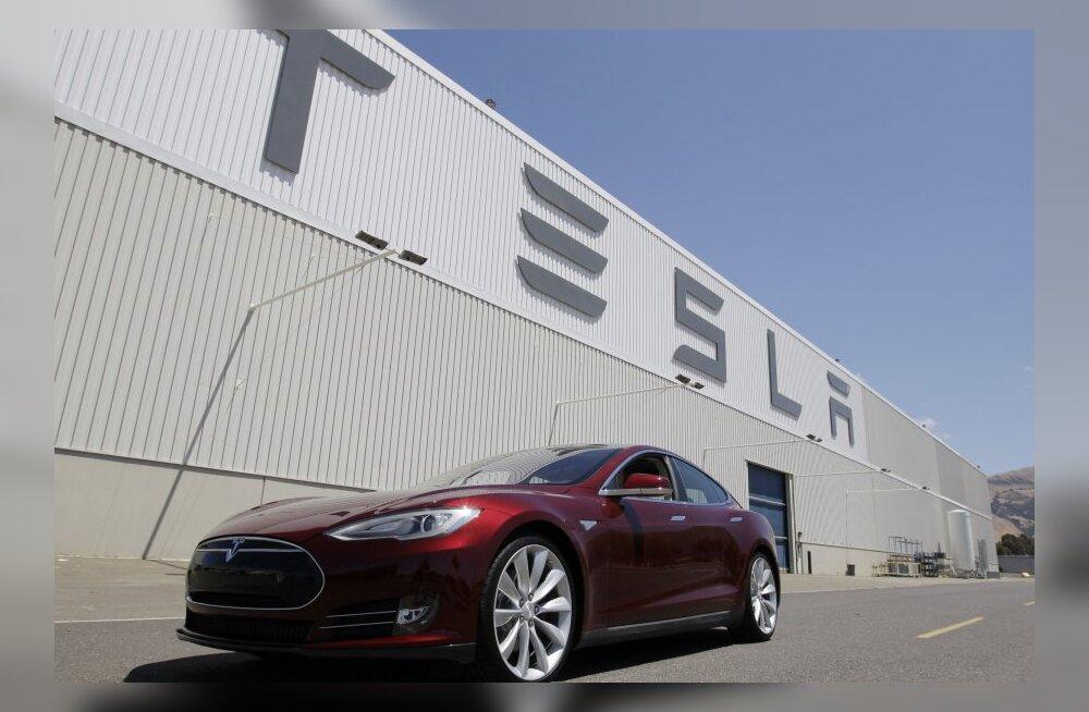 Tesla Motors üritab bensiini joovad autod ajaloo prügikasti saata