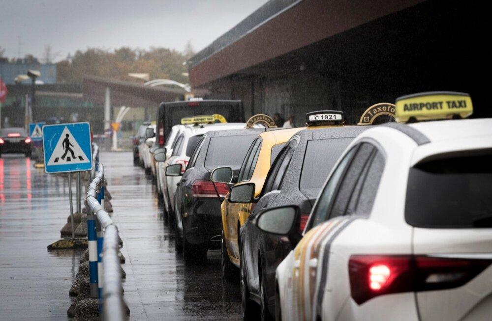 Taksod lennujaamas