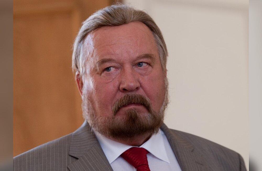 """""""Kes on selle poolt, et võtta vastu Eesti Vabariigi Ülemnõukogu otsus """"Eesti riiklikust iseseisvusest""""?"""""""