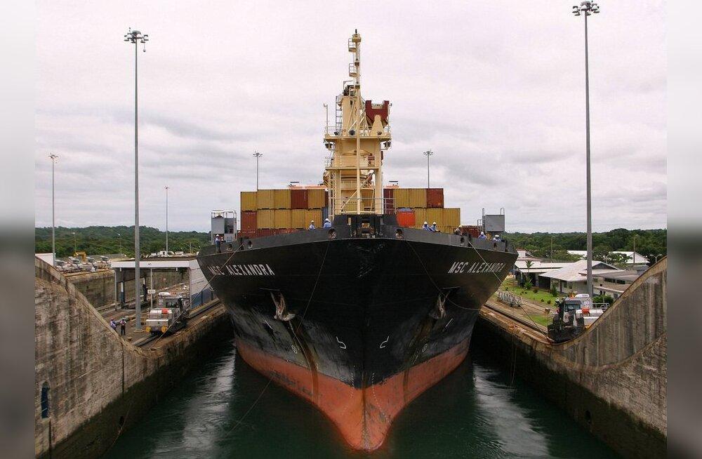 Hiina tahab ehitada Panama kanaliga võistleva raudtee