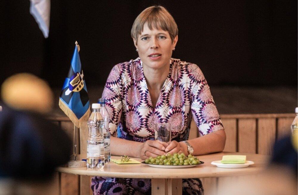 Kersti Kaljulaid kohtumisel Räpina riigikaitse vabatahtlikega