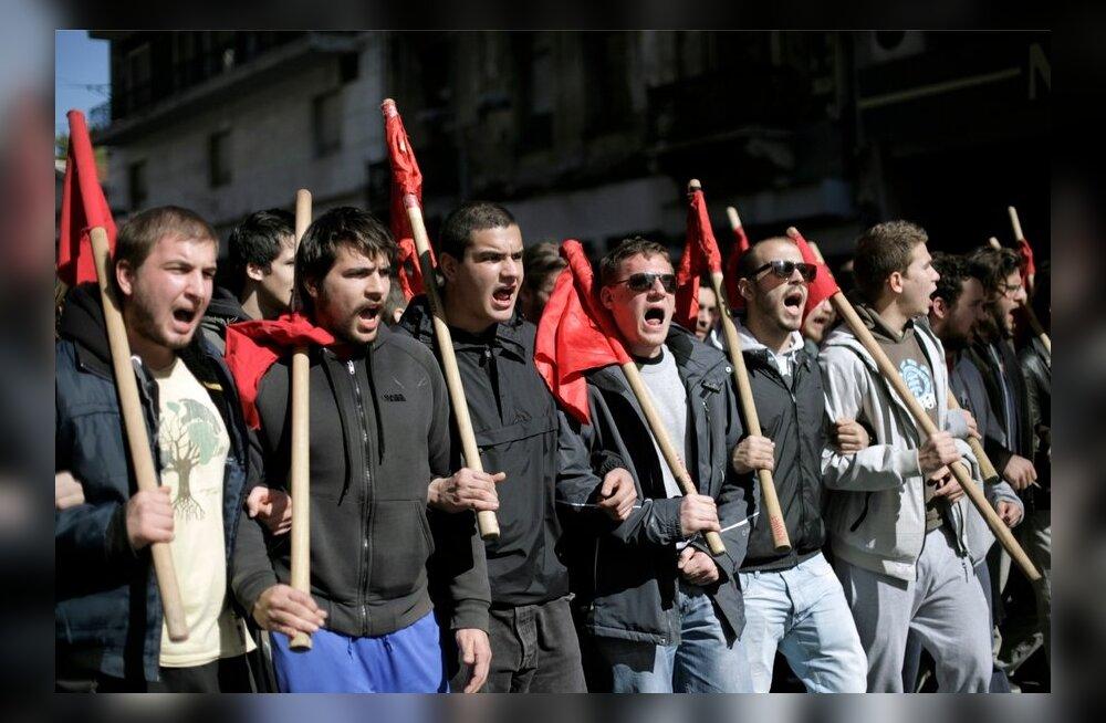Euroopa Komisjon soovitab Ateenat külastavatel töötajatel välja mõelda võltselulugu