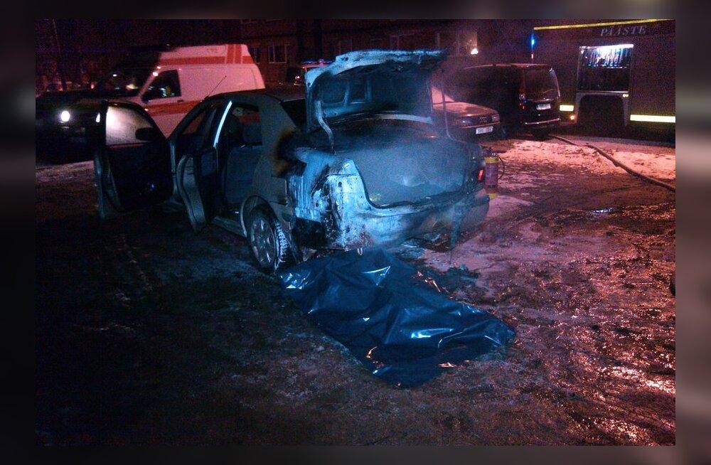 Tartus leiti auto alt surnukeha