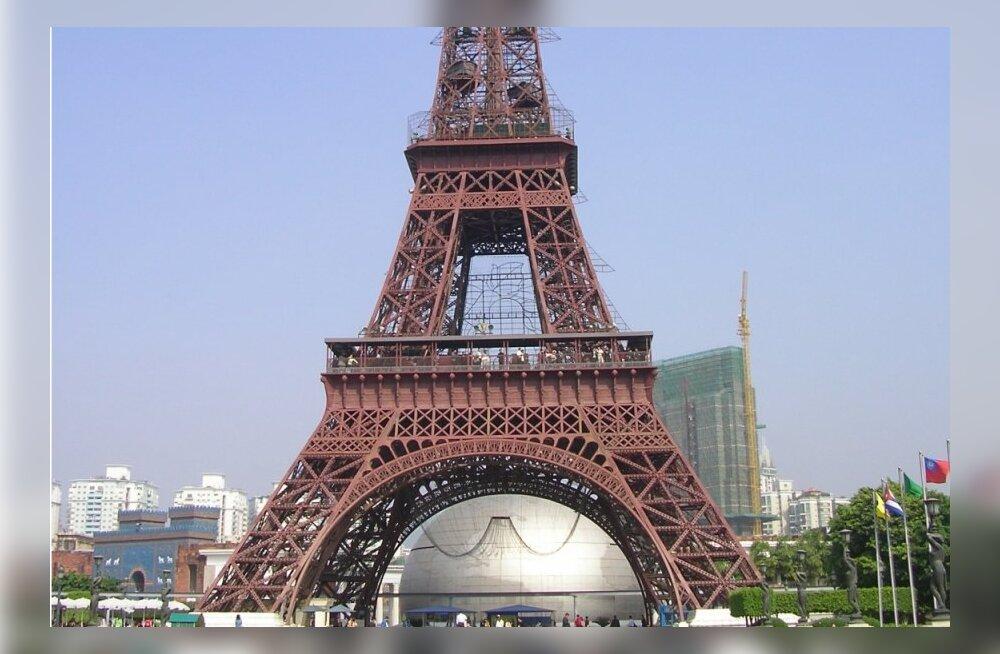 Mida kõike Hiinas järele ei tehta: Eiffeli torn, Toweri kindlus, ...