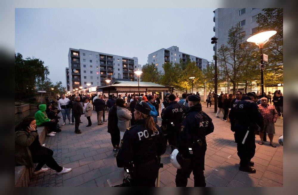 Rahutused levisid öösel Husbyst ka teistesse Stockholmi eeslinnadesse