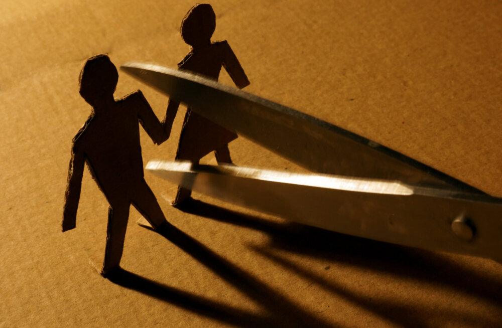 Koos kodus püsides oled mõistnud, et see suhe ei ole ikkagi see, mida elult tahad? Need märgid näitavad, et aeg on lahutuseks