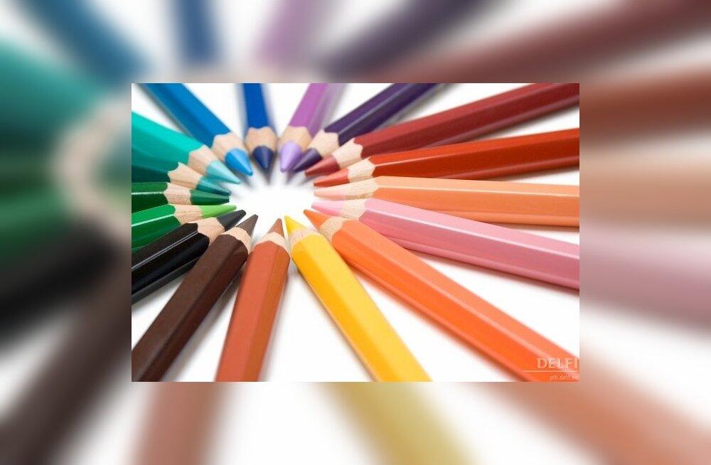 värvilised pliiatsid