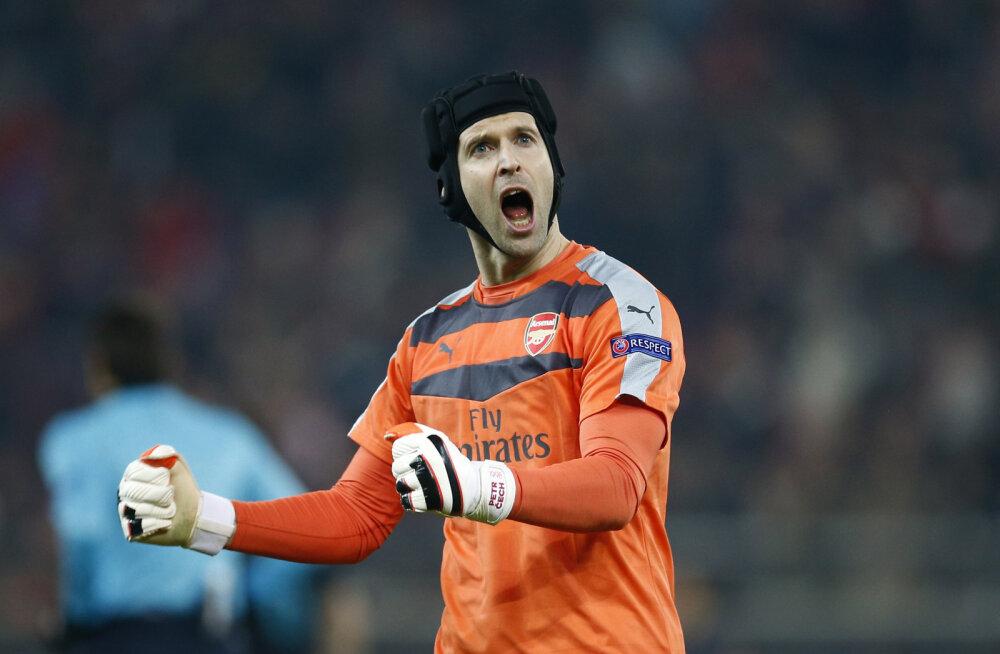 Arsenali väravavaht Petr Cech viigistas võimsa rekordi