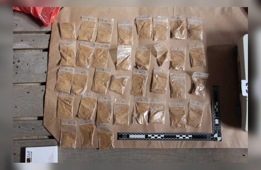 В Кохтла-Ярве полиция задержала мужчин, подозреваемых в распространении наркотиков