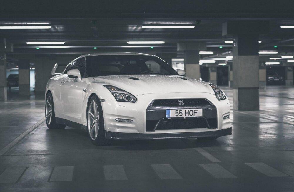 Otsid kiirendusmasinat? Eestis on müügil auhinnatud Nissan GT-R