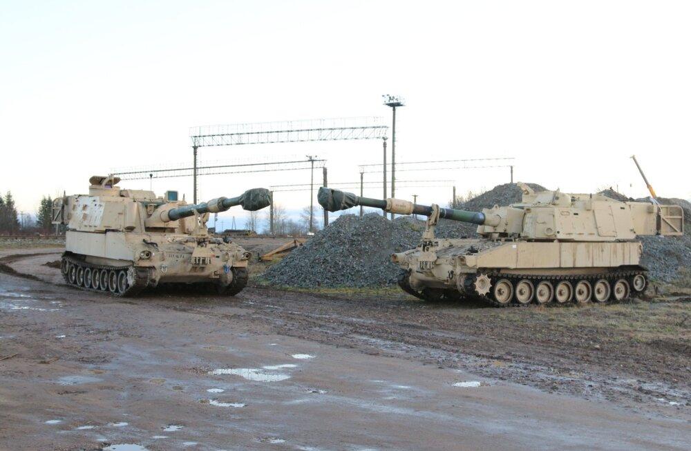 Eestisse saabusid Ühendriikide liikursuurtükid