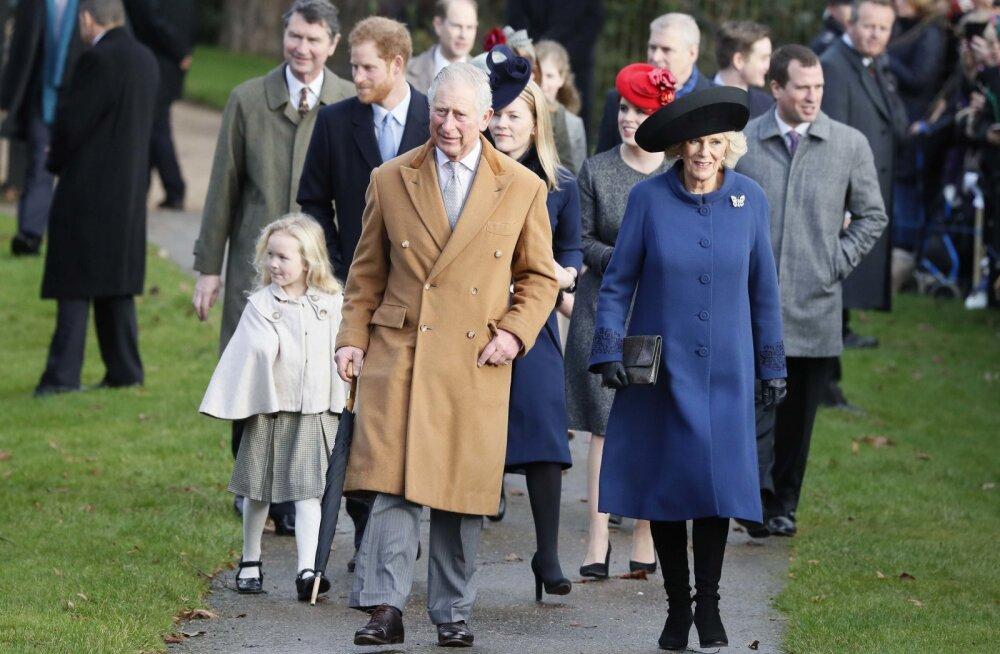 RIVIST VÄLJAS: Kuninganna Elizabeth II ei ilmunud esmakordselt 30 aasta jooksul traditsioonilisele jõulupüha jumalateenistusele