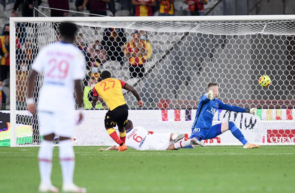 Ignatius Ganago lööb lensi võiduvärava PSG vastu