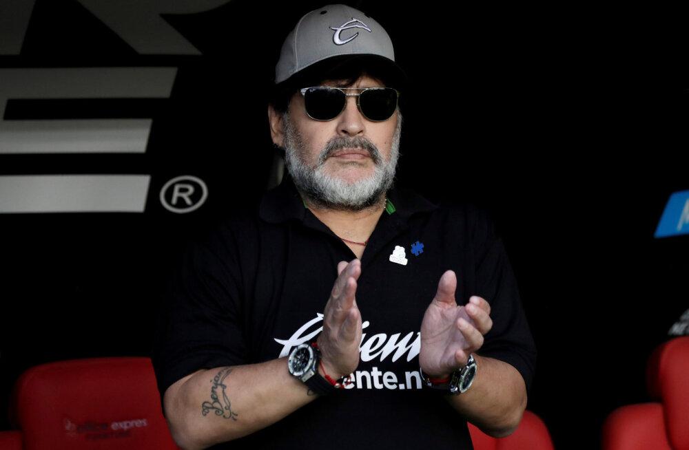 Operatsioonidest taastunud Maradona leidis uue töökoha