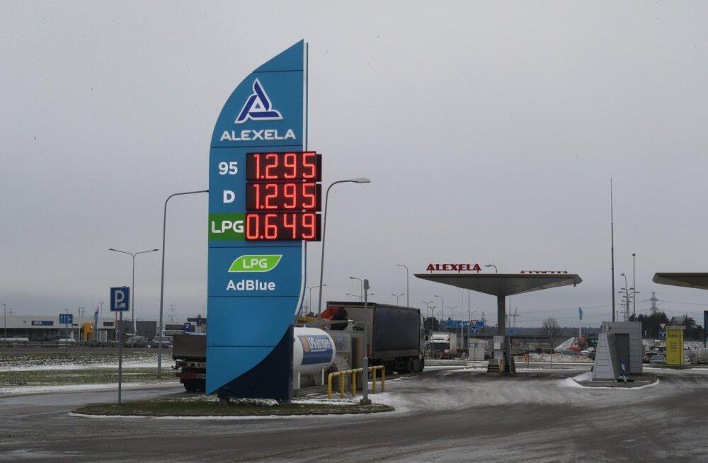 Alexela: laienesime Poola, sest kõrgete kütusehindade tõttu ei tangi pikamaa-autod enam Eestis